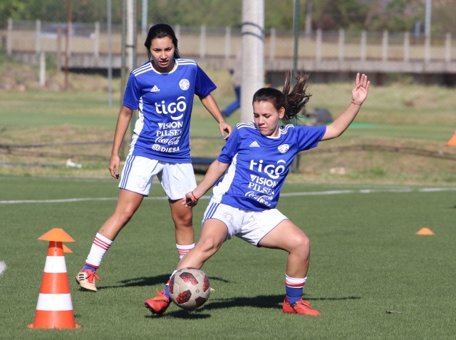 Absoluta Femenina: intensifican preparación.