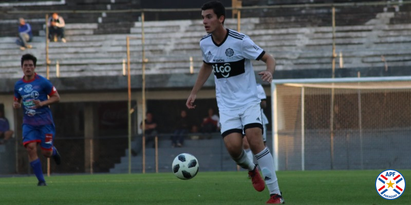 Olimpia se impone a Independiente